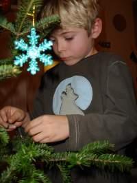 2006-11-Jonahdécorelesapin 010